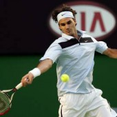 Tip Of The Week – The Forehand – The Role of the Left Arm